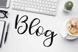 Blog, Bloggerin, Schreibtisch